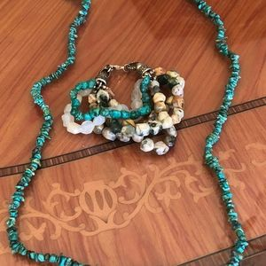 Necklace & bracelet bundle
